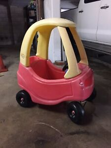 Wanted: Little tikes car for sale