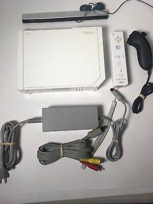 Nintendo Wii White Console RVL-001 Game Cube Compatible Bundle Complete