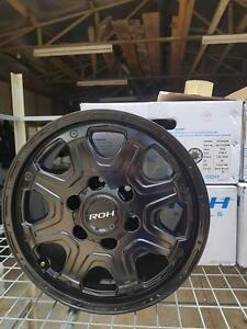 4 - 4x4 black mags ROH Octagon Mag Rims brand new $ 230.00each