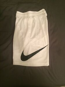 Brand new Nike shorts size small