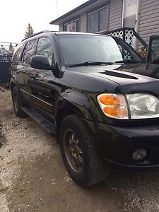 2003 Toyota Sequoia Limited 4x4 - LOADED