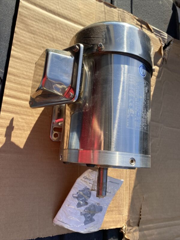 1/3 hp stainless steel electric motor 56c 3 phase washdown 1800 rpm with base