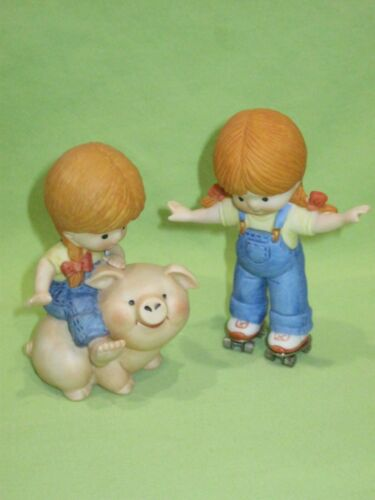 Enesco 1981 COUNTRY COUSINS Lot 2 Figurines KATIE on Rollerskates & Riding Pig