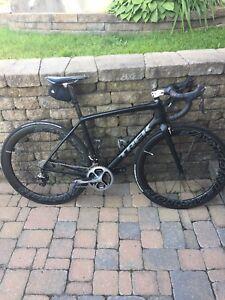 Vélo de route trek madone 5.9 54 cm tout en dura ace