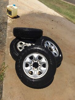 SET OF 5 Hilux 6 stud wheels for sale $300 ono