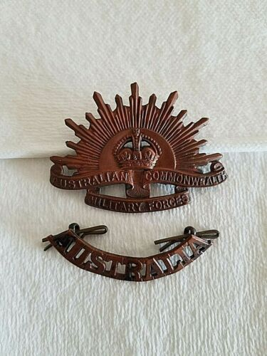 Australia Commonwealth Military Forces Radiant Sun Crown WWII Badge Pin Medal