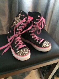 Girls twinkle toes Size 2