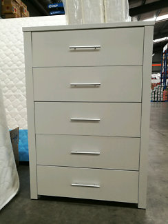 brand new tallboy size:W810*D390*H1180mm Contact:Chris