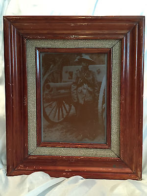 VINTAGE FRAMED PHOTO ON ALUMINUM PRINT PLATE SHEET OF SOLDIER BY CANNON MEX REV