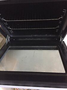 Westinghouse freestyle wall oven/grill (used) Welshpool Canning Area Preview