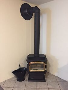 Wood Stove- Excellent Condition