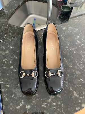Gucci Made In Italy Size 8 B Black Heels