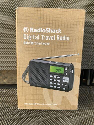 RadioShack Compact Portable AM/FM Shortwave Radio