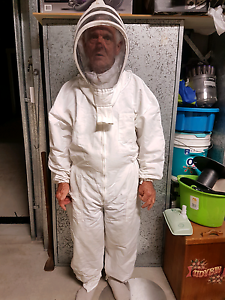Beekeeping Suit Scarborough Redcliffe Area Preview