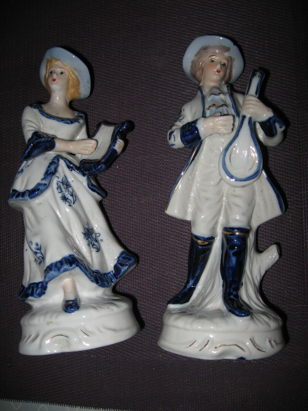 Figurines de musiciens en porcelaine