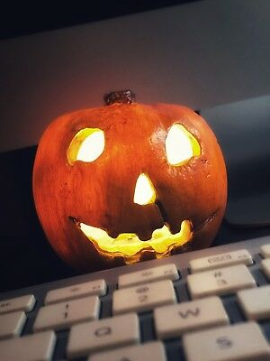 Halloween 1978 Opening Credits Pumpkin Michael Myers Replica Resin Prop Mask