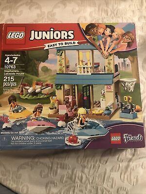 LEGO Juniors Friends Stephanie's Lakeside House ( 10763 ) Used