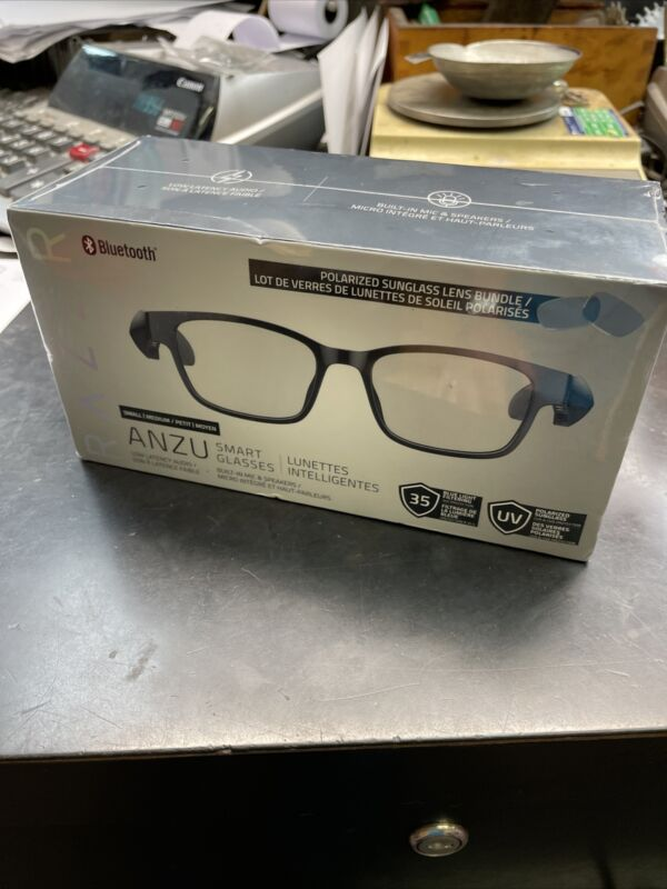 Razer Anzu Smart Glasses SM-MD Size Rectangular Shape Bluetooth Music NIB NEW