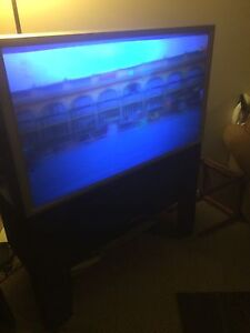 """Hitachi TV 45"""". Good for a basement or gaming tv."""