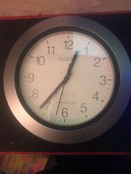 la crosse technology atomic clock Radio Controlled ( Silver)