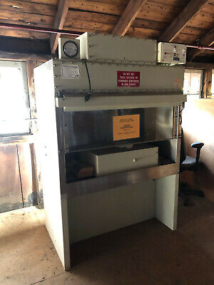 Nuaire 4 Nu-407fm-400 Laminar Flow Bio Safety Cabinet With Stand