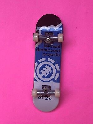 "Element Skateboard Bam Heartagram Tyson 8.0/"" with Independent Trucks Ricta Whe"