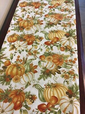 Fall, thanksgiving table runner. Pumpkins and leaves autumn Table Runner. - Autumn Leaves Table Runner
