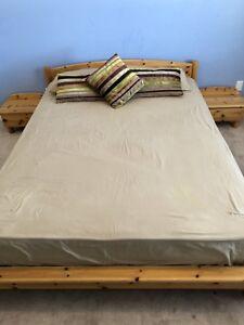 QUEEN BED + 2 NIGHTSTANDS + CHESTER! GREAT CONDITION