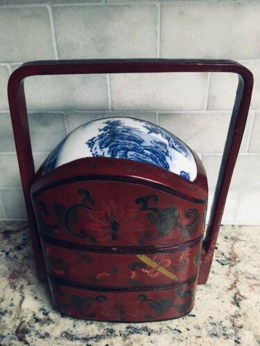 8 3/4 Japanese Jubako Box~Red Lacquer/Blue Porcelain Lid w Handle~3 tier~Vintage