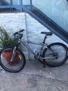Bicycles 🚲 Trek 21 Speed Shimano