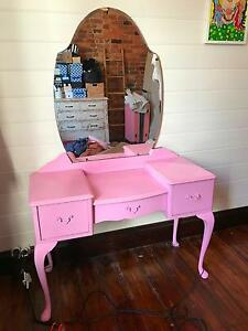 Vintage pink dresser with mirror New Farm Brisbane North East Preview