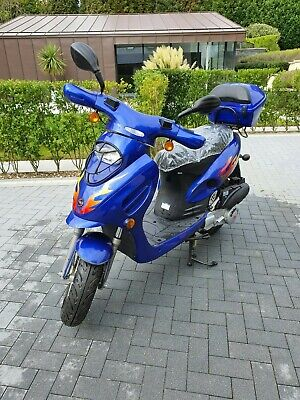 Brand new 125cc Scooter