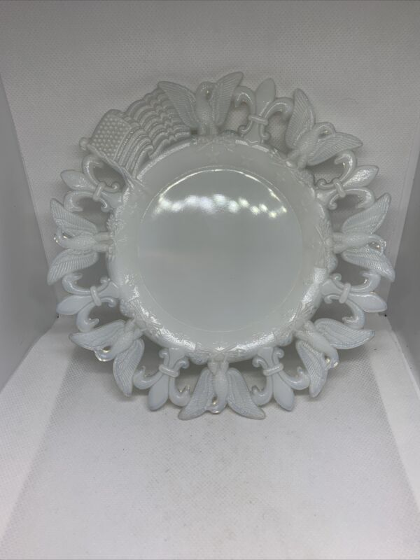 Westmoreland Patriotic White Milk Glass Blue Opalescent plate 1903 Marked