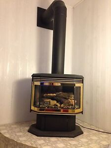Gas fire place 750$