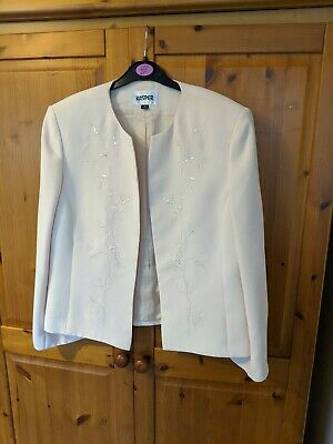 pretty and delicate pale peach occasion jacket by Kasper sz12 with sequin detail