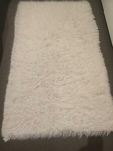 Cream wool shag rug South Yarra Stonnington Area Preview