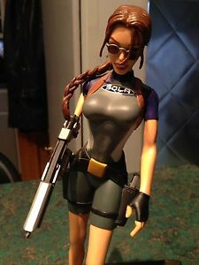 Tomb Raider Collectable Figure Kitchener / Waterloo Kitchener Area image 1