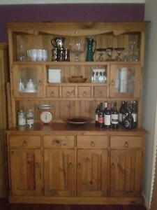 Solid Timber Buffet Hutch Rochedale South Brisbane South East Preview
