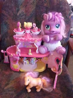 My little pony carousel +talking pony vgc.