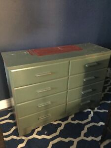 8-drawer wood dresser 95$ OBO