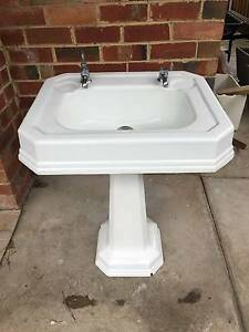 Vintage bathroom vanities gumtree australia free local for Bathroom cabinets gumtree