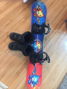 Snow board 132cm and boots sz 5