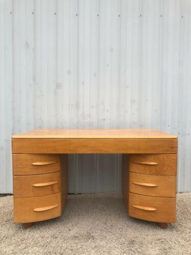 Mid Century Modern 7 Drawer Maple Writing Desk by Heywood Wakefield