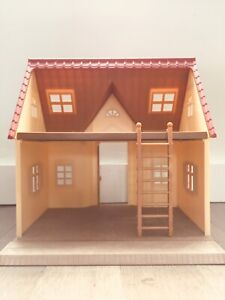 CALICO CRITTERS - Cozy cottage