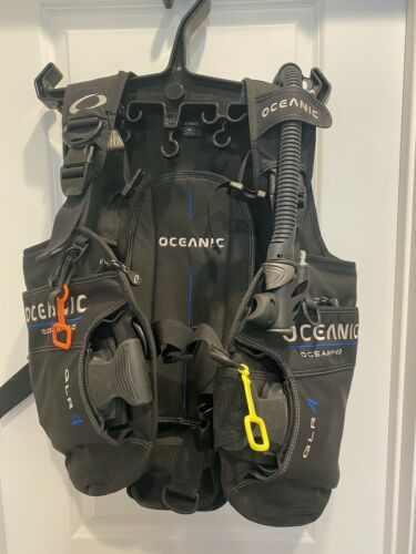 Oceanic Ocean Pro QLR 4 BCD Size Small NWOT
