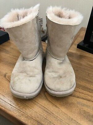 "UGG Australia Kids Bailey Bow Snow Boots ""Size 2"""