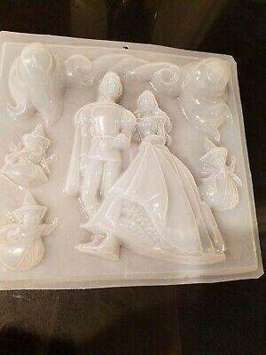 Usado, Molde de plastico para gelatina la Cenicienta Plastic Gelatin Mold Cinderella comprar usado  Enviando para Brazil