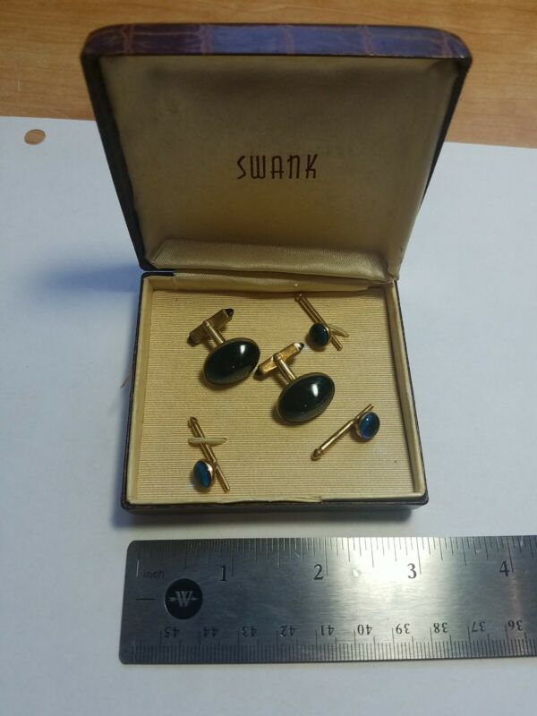 VINTAGE 5 PIECE SWANK CUFFLINKS, AND PINS - GOLD TONE WITH BLUE STONE