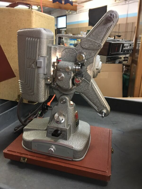 Vintage Keystone 8mm Model 109D Movie Projector Near Mint!