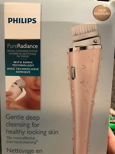 Brand new! Pure radiance facial cleansing system.